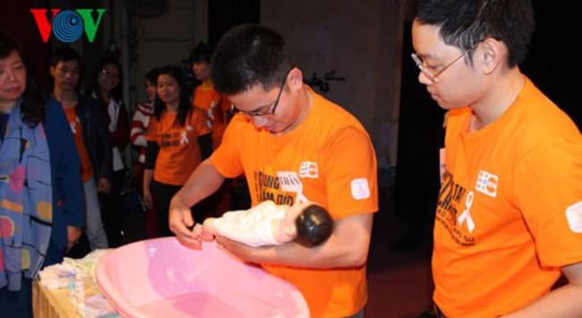 Nam giới Việt Nam sẽ được hưởng chế độ nghỉ thai sản?