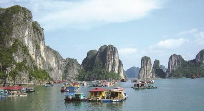 Quảng Ninh đặt mục tiêu doanh thu 1,5 tỷ USD từ du lịch vào năm 2020