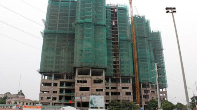 Lộ rõ bất cập từ việc mua chung cư xây thô