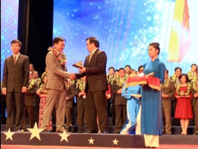 FLC Group lọt top 100 thương hiệu Sao Vàng Đất Việt