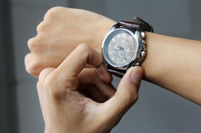 Bát nháo như thị trường đồng hồ đeo tay