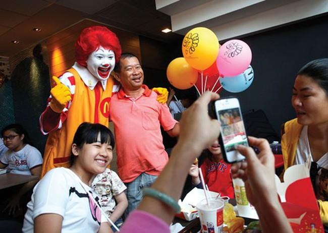 McDonald's xuất hiện: Điểm 9 của thị trường fastfood