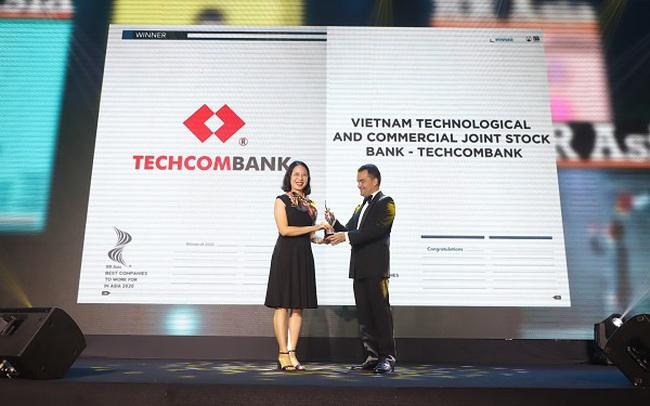 """HR Asia Award vinh danh Techcombank: Top """"Nơi làm việc tốt nhất Châu Á"""""""