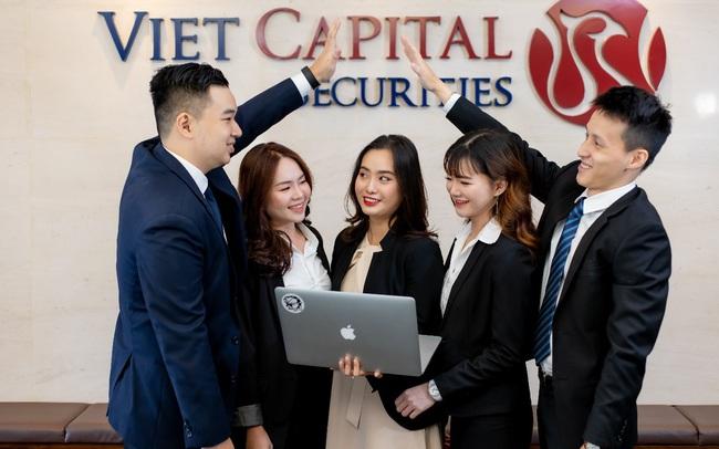 2020 - Chứng khoán Bản Việt nhận thêm 2 giải thưởng quan trọng từ Alpha Southeast Asia