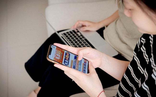 """""""Thế hệ Z"""" Việt có chăng đang sống quá """"dựa dẫm"""" vào công nghệ?"""