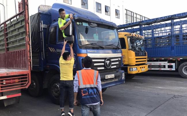 Lạng Sơn triển khai thí điểm bảo hiểm bắt buộc TNDS cho chủ xe Trung Quốc tại cửa khẩu Hữu Nghị
