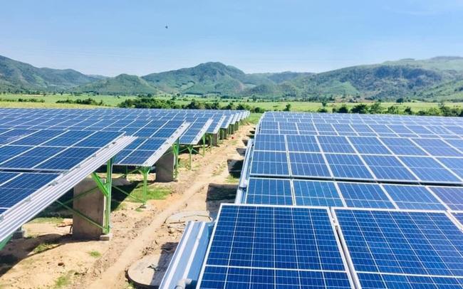 Giá điện mặt trời tại công ty tổng thầu EPC Hoàng Giang Solar