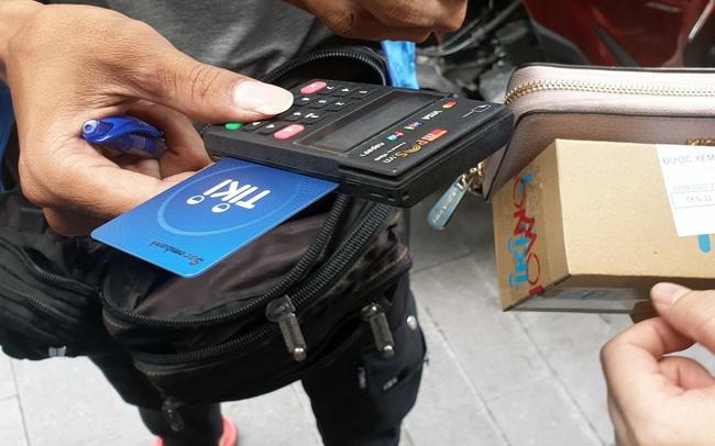 Nhận thêm coupon 50K khi mua sắm online trên Tiki chỉ bằng một động tác đơn giản khi thanh toán