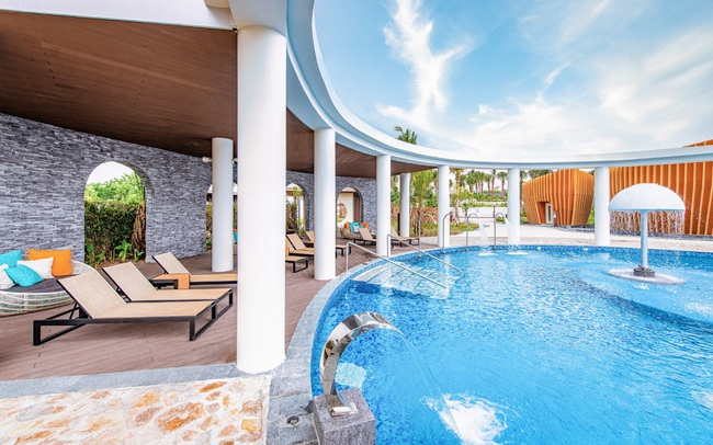 Thiên đường tắm khoáng Around The World Spa tại Minera Hot Springs Bình Châu có gì đặc biệt?