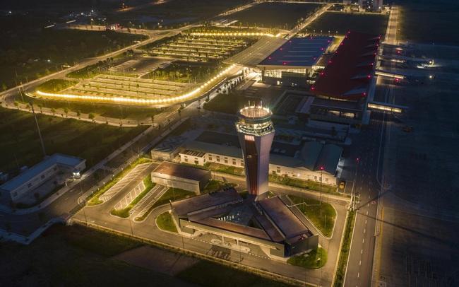 """Sân bay Vân Đồn nhận """"cú đúp"""" giải thưởng WTA khu vực châu Á 2020"""