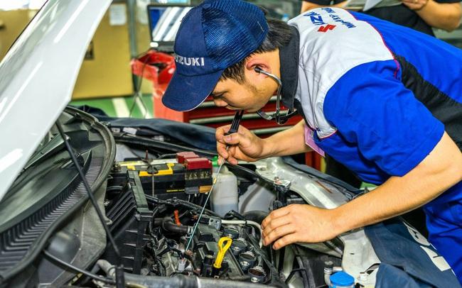 Đồng hành cùng miền Trung, Suzuki kiểm tra xe và thay dầu động cơ miễn phí