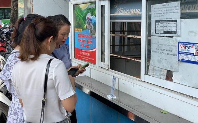 Đi xe buýt, xe khách, taxi không cần tiền mặt: bài toán đã có lời giải