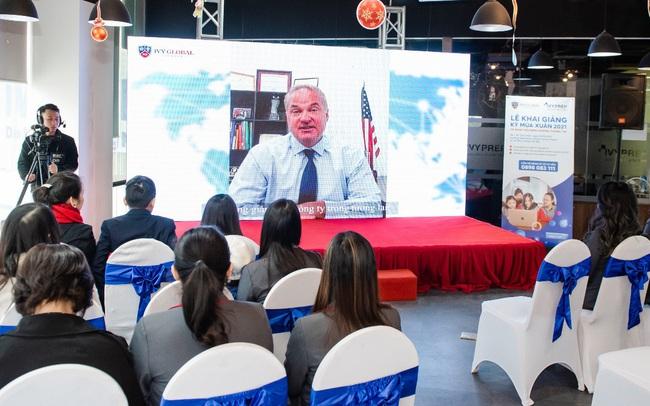 Phổ thông trực tuyến Mỹ Ivy Global School khai giảng năm học 2021 tại Việt Nam