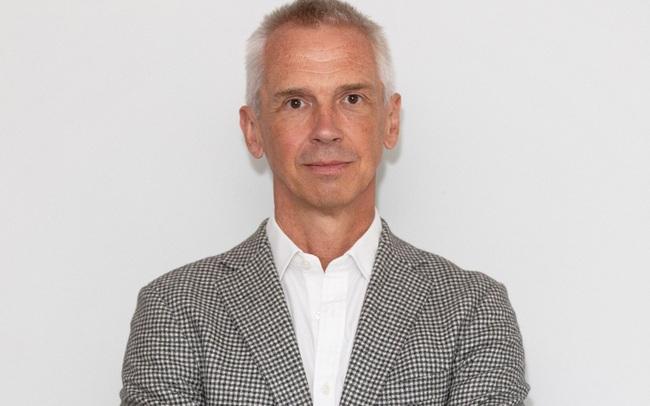 Bạn biết gì về Hutch Hutchison - Cựu giám đốc thiết kế của Vertu?
