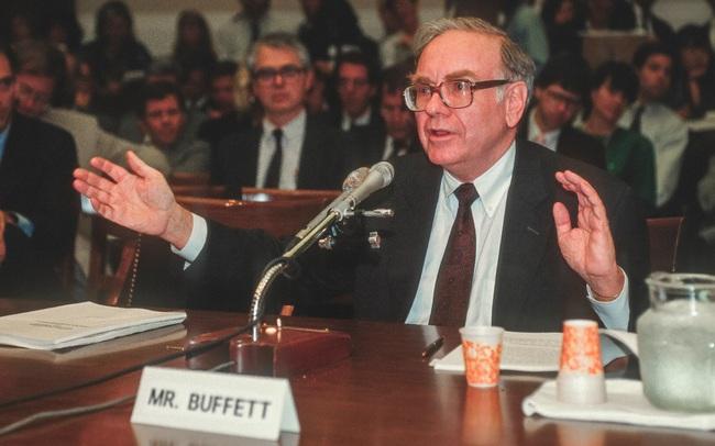 Cách Warrent Buffett, Bill Gates đập tan thành kiến về ngủ nhiều là lười, ngủ ít sẽ giàu