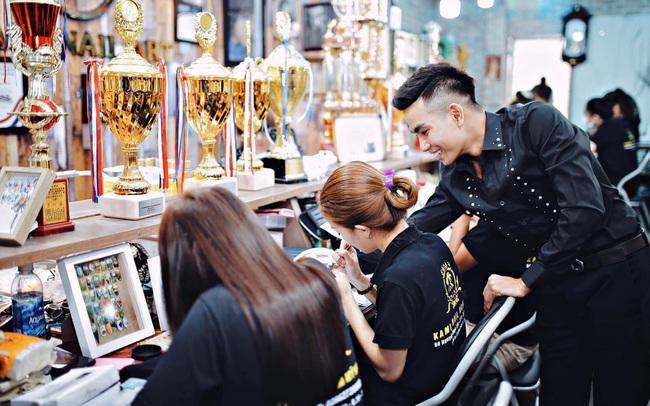 Nguyễn Được: Từ cậu bé nghèo bán vé số trở thành cái tên sáng giá trong nghề nail