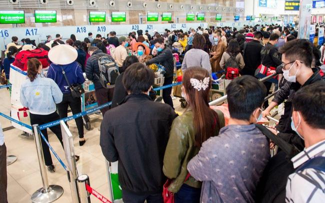 """Tâm lý hành khách được củng cố, hãng bay """"cháy"""" vé dịp lễ 30/4 – 1/5"""