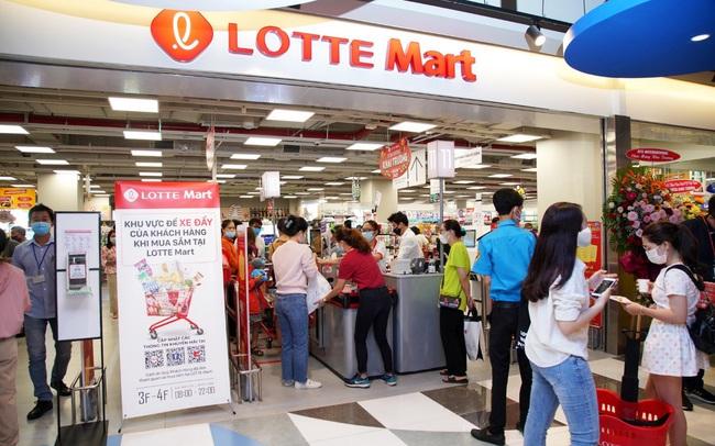 """LOTTE Mart Gold Coast Nha Trang """"hút"""" khách ngay tuần đầu khai trương"""