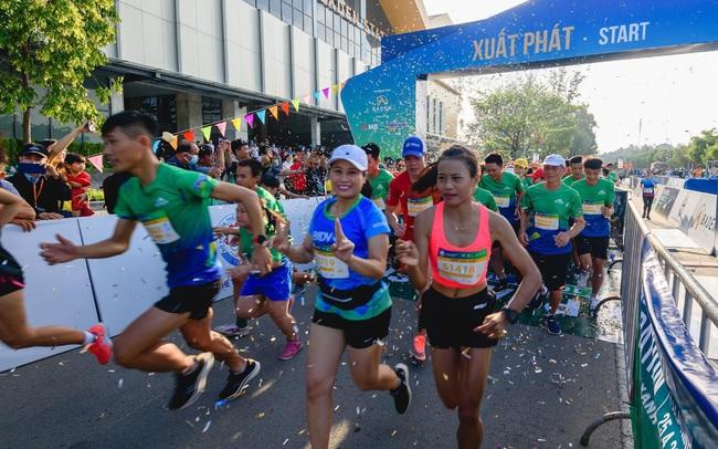 Lần đầu tổ chức, BaDen Mountain Marathon 2021 đã thu hút hơn 3000 người tham gia
