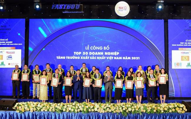 SCB vào Top 50 Doanh nghiệp tăng trưởng xuất sắc nhất Việt Nam 2021 do Vietnam Report bình chọn