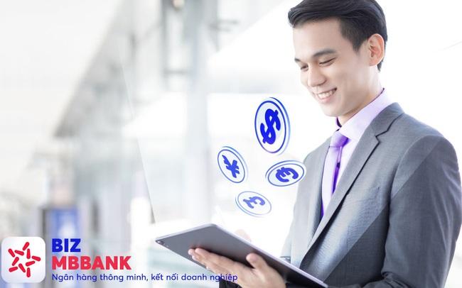 """Ngân hàng Việt tích cực """"số hóa"""" dịch vụ cho doanh nghiệp xuất nhập khẩu"""