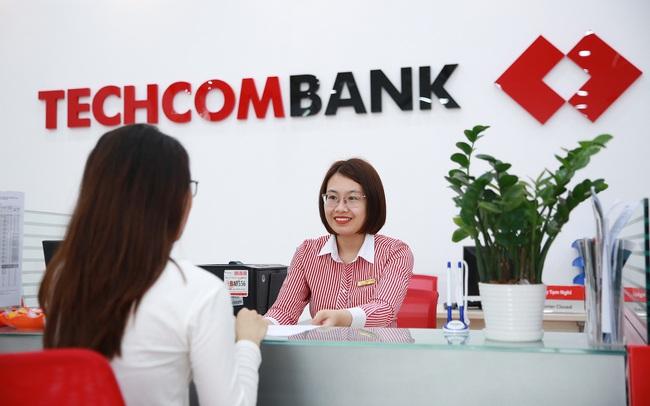 """Techcombank là """"ngân hàng bán lẻ được tin dùng nhất tại Việt Nam"""" và Top6 Châu Á Thái Bình Dương năm 2021"""