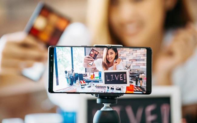 Livestream bán hàng online có thực sự là giải pháp dễ dàng?
