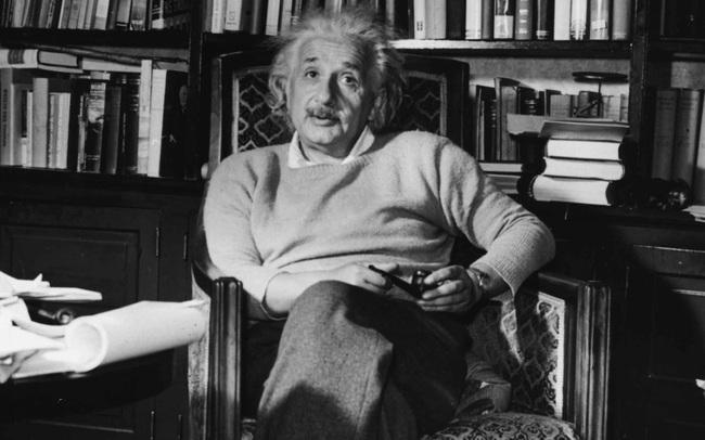 Sự thật đằng sau chiếc đồng hồ đắt giá hàng đầu thế giới mà Albert Einstein sở hữu!