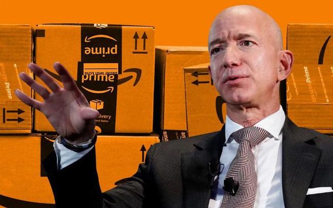Bí mật thành công từ giọt nước khoáng, tỷ phú Jeff Bezos và Melinda Gates