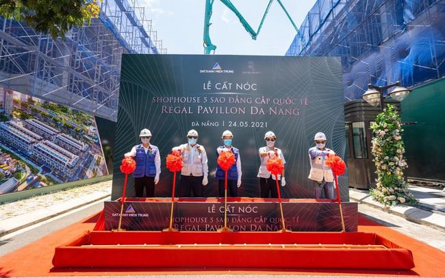 Liên tiếp thi công vượt tiến độ, Regal Pavillon tăng tốc để bàn giao nhà vào 6/2021
