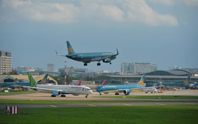 Hàng không Việt đối mặt tình trạng dư thừa nguồn lực trầm trọng
