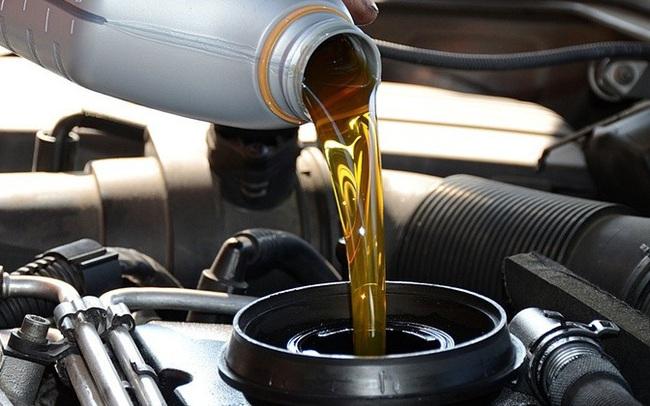 Bảo vệ xe hiệu quả và tiết kiệm nhiên liệu từ thói quen lựa chọn dầu nhớt đúng cách