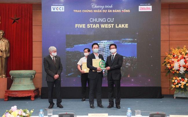 """Nối tiếp thành công, Five Star West Lake được vinh danh tại """"Dự án đáng sống 2021"""""""