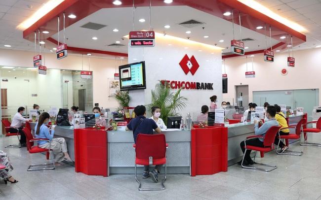 """Techcombank được ADB trao tặng """"Ngân hàng đối tác hàng đầu tại Việt Nam"""" lần 2"""