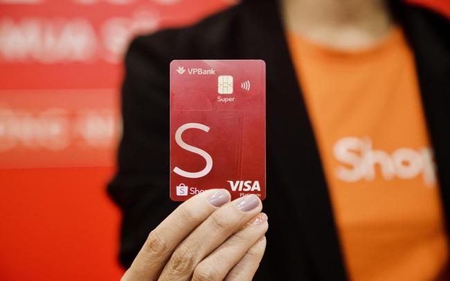 VPBank là đối tác chiến lược ấn tượng năm 2020 – 2021 của Shopee