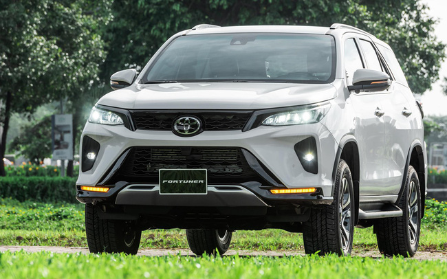 Toyota Fortuner Legender, lựa chọn phong cách cho doanh nhân trẻ
