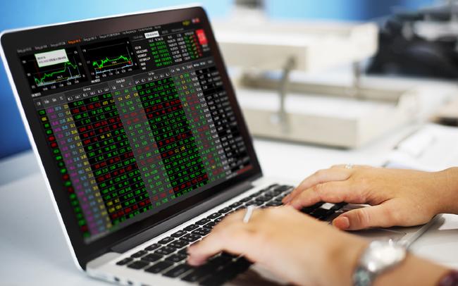 """Thêm cả trăm nghìn tài khoản F0, giải pháp cloud mới đã giúp công ty chứng khoán đứng đầu thị trường giải bài toán """"tắc nghẽn"""" bảng giá như thế nào?"""