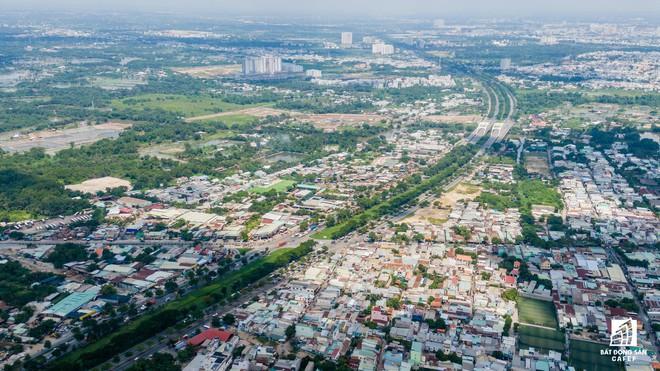 Toàn cảnh đại lộ tỷ đô đã tạo nên một thị trường bất động sản rất riêng cho khu Nam Sài Gòn Toàn cảnh đại lộ tỷ đô đã tạo nên một thị trường bất động sản rất riêng cho khu Nam Sài Gòn hinh chu 4 15672193784111133866334