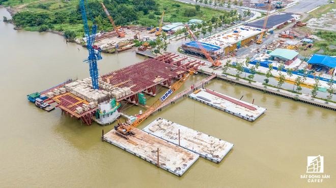 Diện mạo hai bờ sông Sài Gòn tương lai nhìn từ loạt siêu dự án tỷ đô, khu vực trung tâm giá nhà lên hơn 1 tỷ đồng/m2 Diện mạo hai bờ sông Sài Gòn tương lai nhìn từ loạt siêu dự án tỷ đô, khu vực trung tâm giá nhà lên hơn 1 tỷ đồng/m2 hinh 54 15682777304761907256937