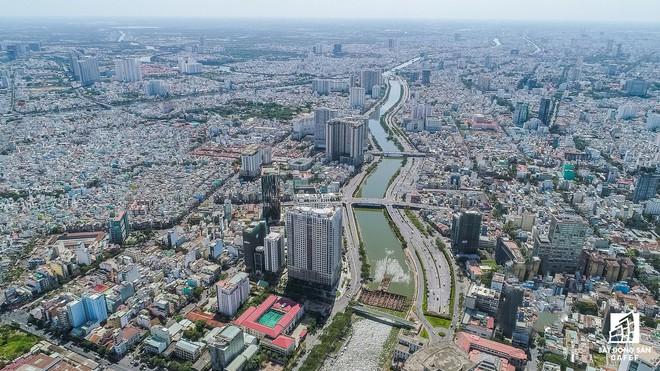 Diện mạo hai bờ sông Sài Gòn tương lai nhìn từ loạt siêu dự án tỷ đô, khu vực trung tâm giá nhà lên hơn 1 tỷ đồng/m2 Diện mạo hai bờ sông Sài Gòn tương lai nhìn từ loạt siêu dự án tỷ đô, khu vực trung tâm giá nhà lên hơn 1 tỷ đồng/m2 hinh 8 1568274683830584622605