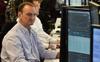 Lo ngại lạm phát bao trùm Phố Wall, Dow Jones tiếp tục rớt gần 500 điểm