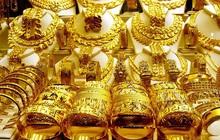 Giá vàng đang tăng mạnh trở lại khi Covid-19 làm tê liệt nền kinh tế toàn cầu