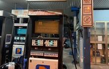 """Phát hiện cây xăng """"găm hàng"""" 20.000 lít xăng nhưng không bán cho khách tại Hà Nội"""