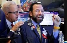 Chứng khoán Mỹ thăng hoa đột biến, Dow Jones tăng 1.000 điểm, vượt mốc 27.330 điểm nhờ việc làm nhiều kỷ lục