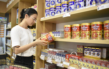 Vinamilk ra mắt sữa bột trẻ em có tổ yến, tối ưu dinh dưỡng cho trẻ thấp còi