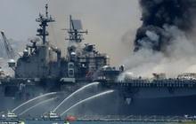 Mỹ cháy tàu đổ bộ tấn công, 3,8 triệu lít nhiên liệu đứng trước nguy cơ tràn ra biển