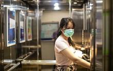"""Ca """"siêu lây nhiễm"""" Covid-19 ở Trung Quốc: Lây 71 người đi chung thang máy"""
