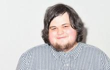"""Mới 28 tuổi và chưa có nổi tấm bằng đại học nhưng chàng trai này đang là """"hot boy"""" được đông đảo người theo dõi trong giới kinh tế và tài chính Mỹ"""