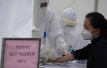 Cận cảnh quá trình xét nghiệm nhanh COVID-19 có kết quả trong 10 phút ở Hà Nội