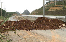 Quảng Ninh hỏa tốc yêu cầu không đổ đất ngăn đường khi thực hiện cách ly xã hội